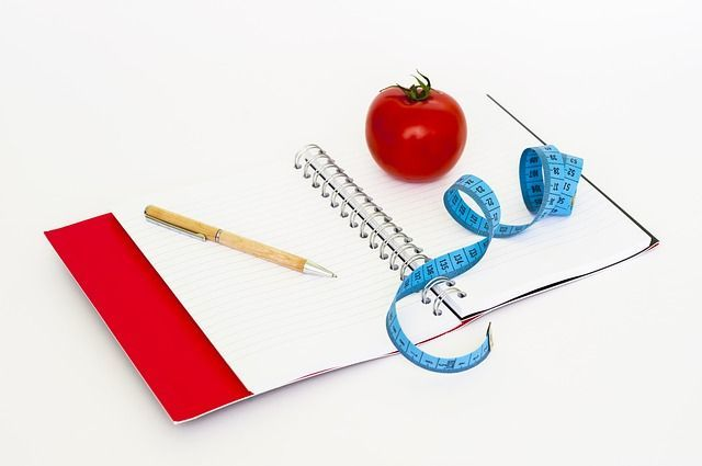 Lose Weight Without Starving Yourself - Keeping a Journal